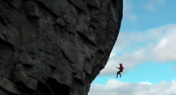 """In the middle"" - A Film about climbing in Ireland by Ricky Bell"