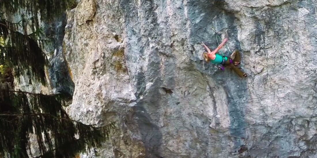 KL Angela Eiter klettert Hades 9a Video