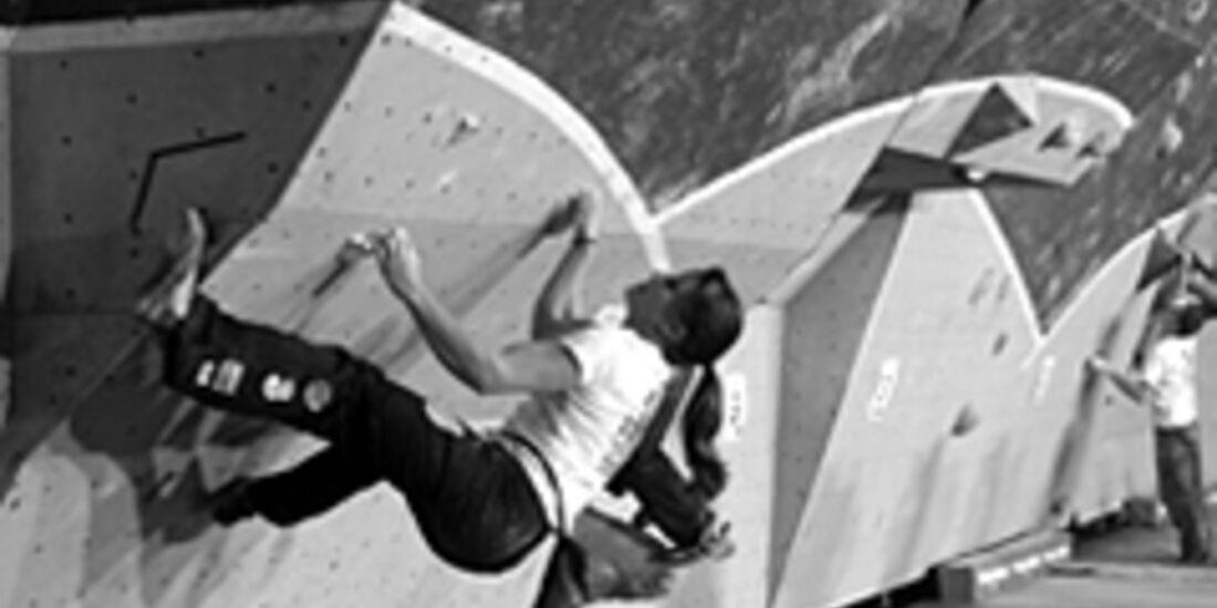 KL Anna Stöhr beim Kitzrock Bouldercup