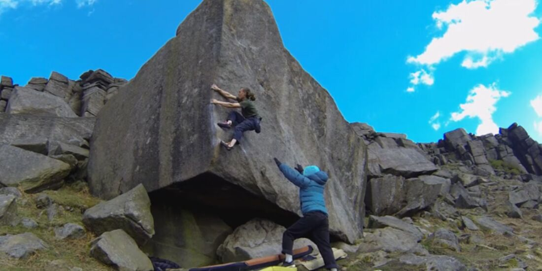KL Benjamin Linné Ryn bouldert im Peak District teaser