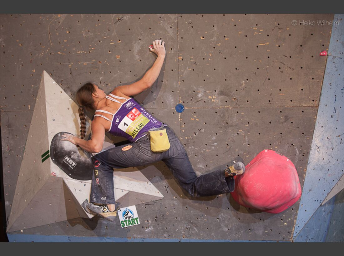 KL-Boulder-Weltcup-Millau-2013-HW-130406-boulder-worldcup-millau-9966 (jpg)