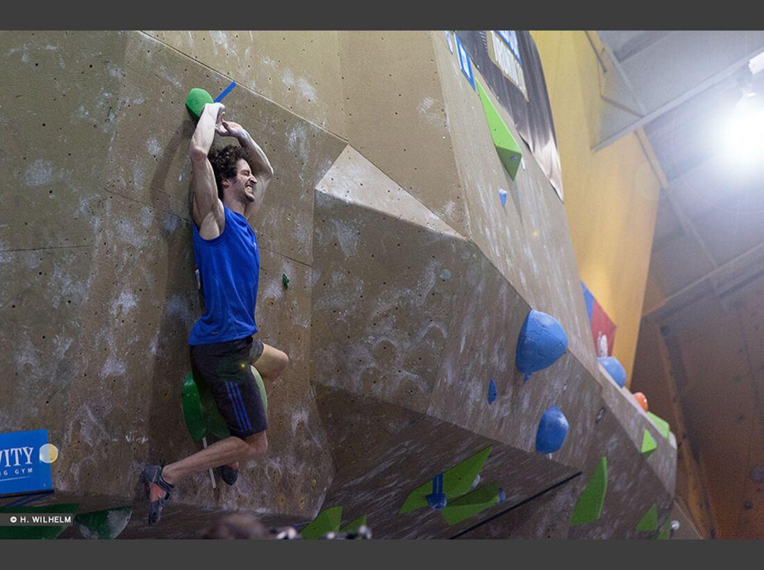 KL-Boulder-Weltcup-Toronto-2014-Guillaume-Glairon-Mondet-14304890216_f879d609c2_b (jpg)