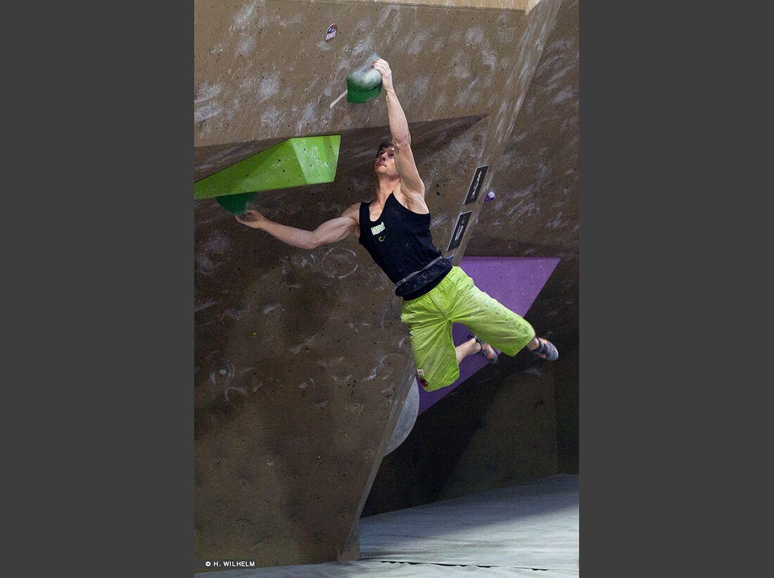 KL-Boulder-Weltcup-Toronto-2014-Jan-Hojer-14327333894_9249ded7bb_b (jpg)
