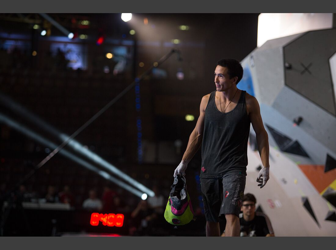KL-Boulder-Wettkampf-adidas-Rockstars-2014-CWaldegger_aR14_Final_0019 (jpg)