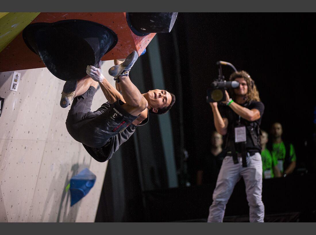 KL-Boulder-Wettkampf-adidas-Rockstars-2014-EHolzknecht_aR14_Final_5364 (jpg)