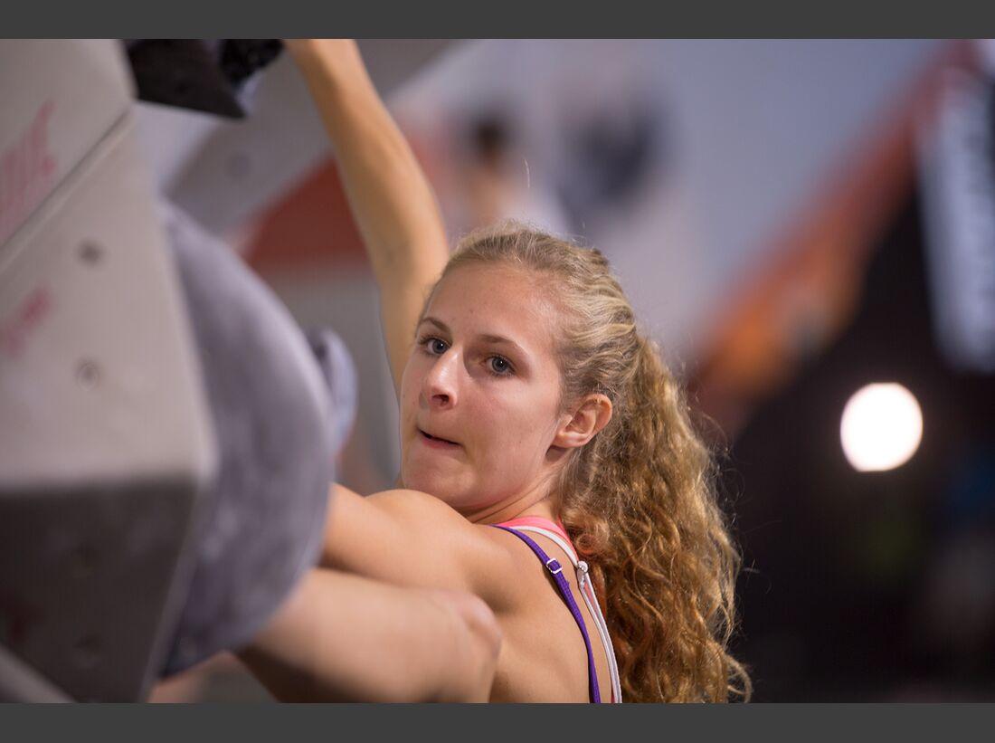 KL-Boulder-Wettkampf-adidas-Rockstars-2014-EHolzknecht_aR14_Quali_1715 (jpg)