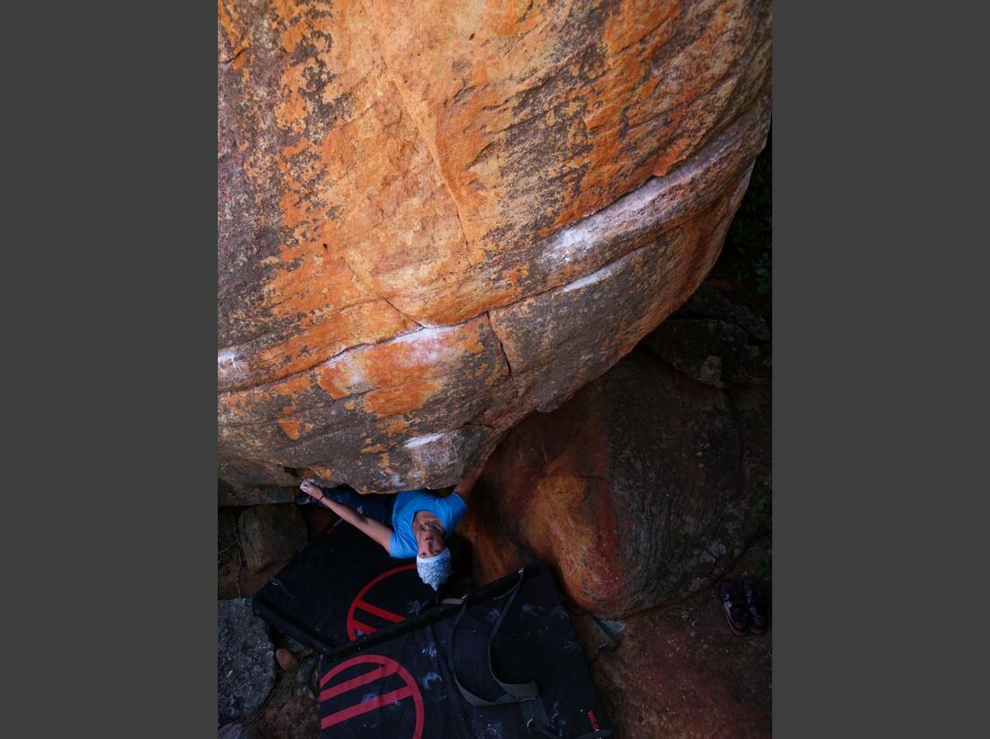 KL-Bouldern-Rocklands-Suedafrika-James-Pearson-Caroline-Ciavaldini-0143 (jpg)