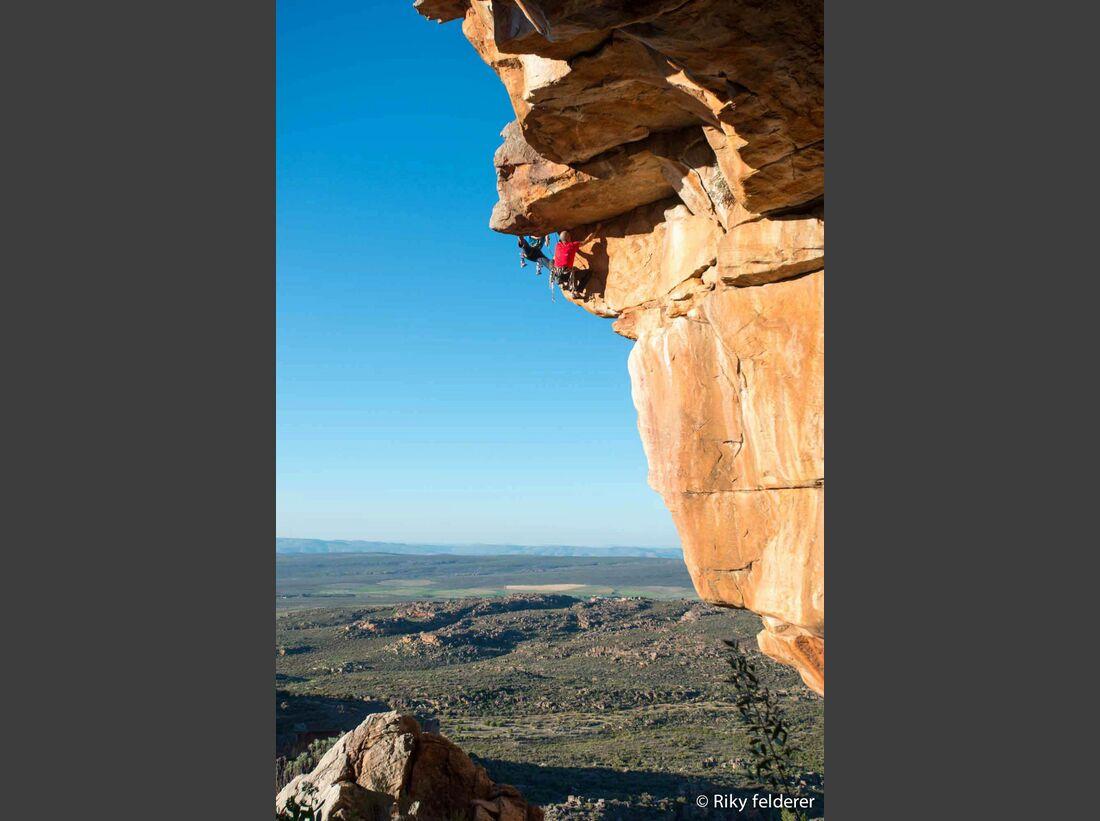 KL-Bouldern-Rocklands-Suedafrika-James-Pearson-Caroline-Ciavaldini-9241 (jpg)