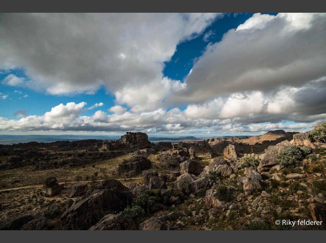 KL-Bouldern-Rocklands-Suedafrika-James-Pearson-Caroline-Ciavaldini-9354 (jpg)