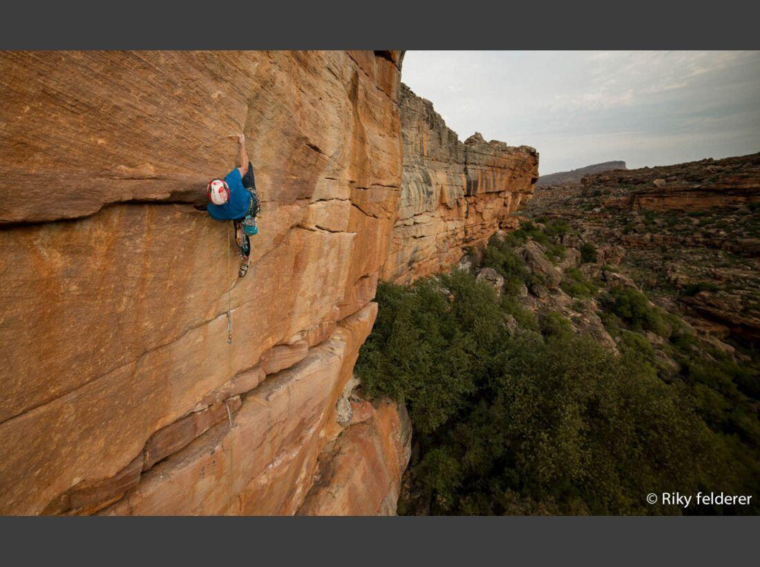 KL-Bouldern-Rocklands-Suedafrika-James-Pearson-Caroline-Ciavaldini-new routes2 (jpg)