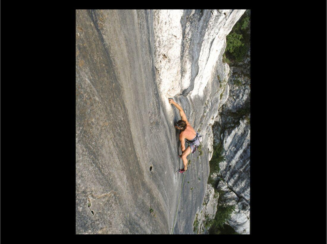 KL-Klettern-Wochenend-Trips-D-A-CH-4-2015-Prasvale_Lochaufsteher (jpg)