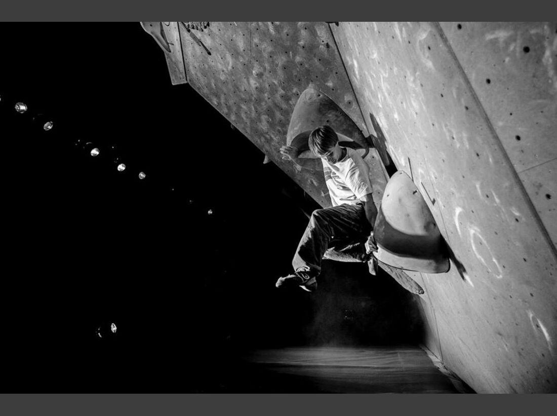KL-La-Sportiva-Legends-Only-Boulder-Wettkampf-2013-38 (jpg)