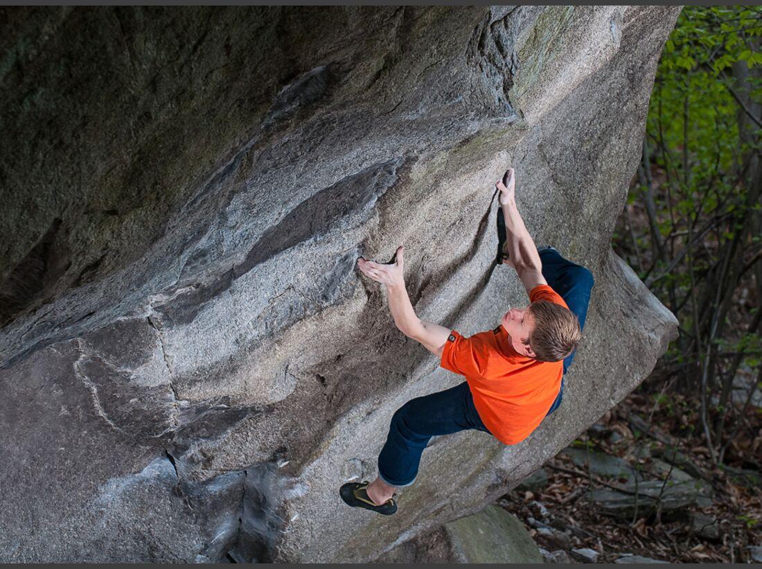 KL-Martin-Keller-bouldert-Insanity-of-grandeur-Fb-8c-Tessin-_DSC4896-MKeller_Illusion (jpg)