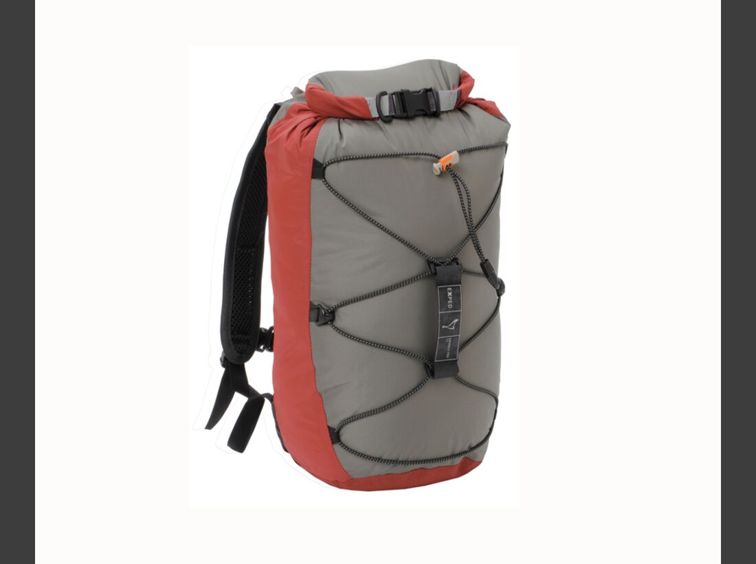KL-Rucksack-Test-2012-Exped_Cloudburst-15_rubyred_front&back (jpg)