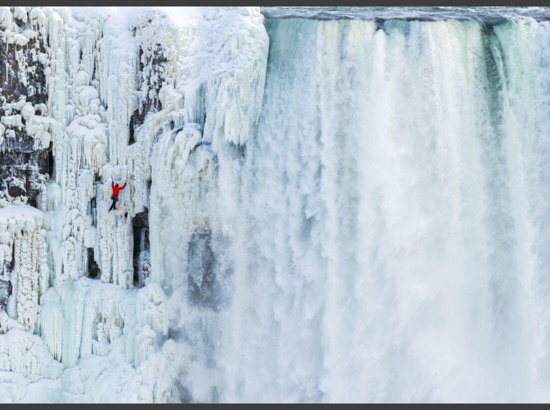 KL-Will-Gadd-Eisklettern-Niagarafaelle-c-Greg-Mionske-Red-bull-Media-House-P-20150129-00194_News (jpg)