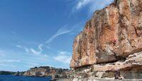 KL-klettern-auf-Mallorca-c-Mark-Glaister-Rockfax-Mallorca-Tijuana-Actionshot-ColesterolParty-MartiHallett (jpg)