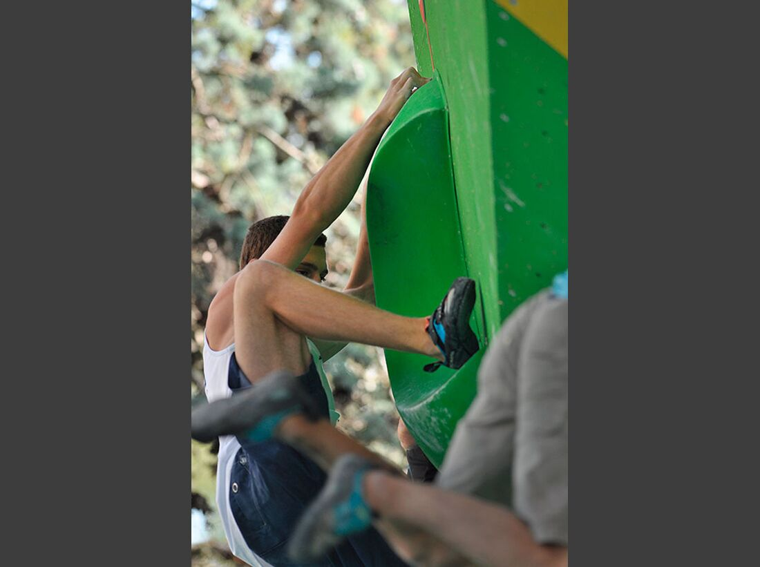 Kletter-Wettkampf: Rock Master Arco am Gardasee (Bilder International Open Boulder) 18