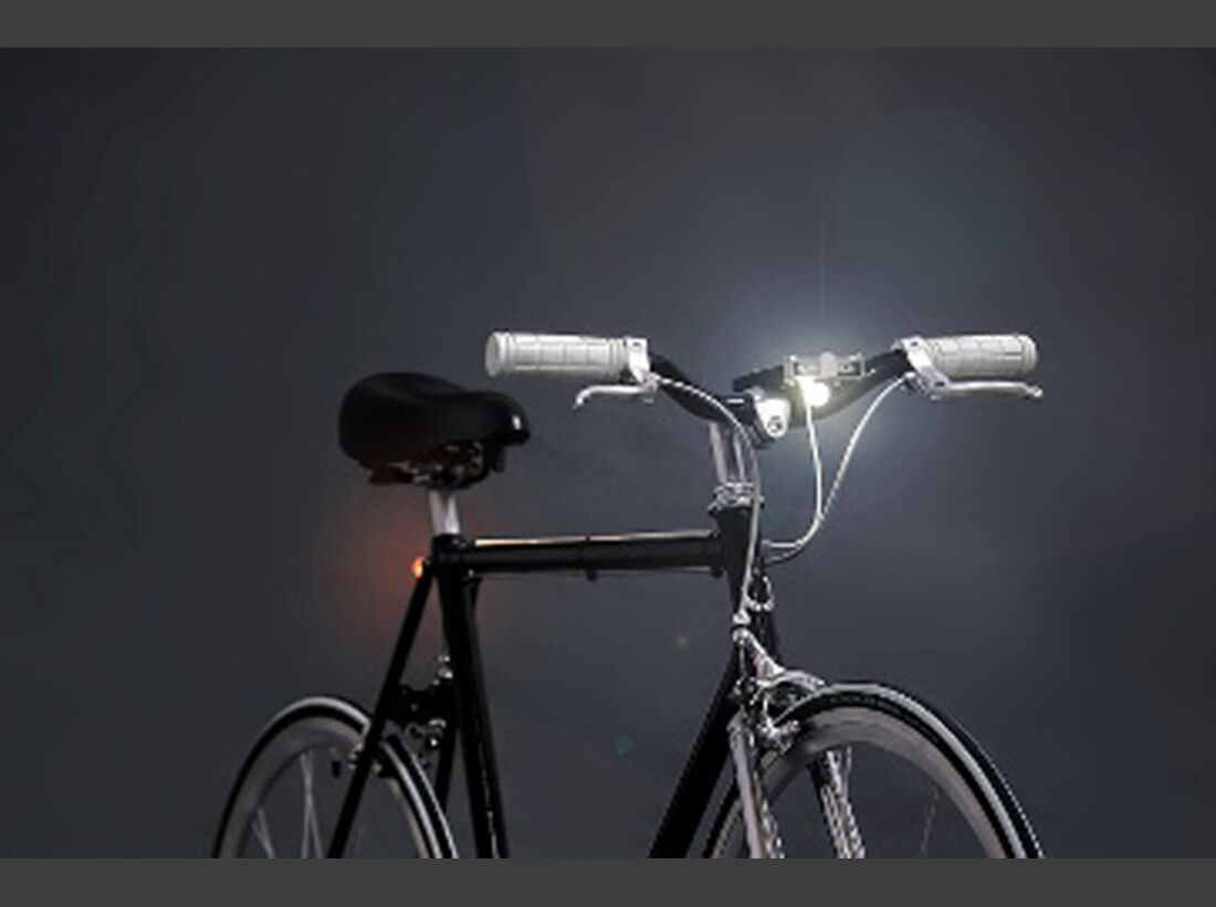 OD-ispo-2016-award-gold-winner-smart-luxx-smartphone-bike-light-kit (jpg)