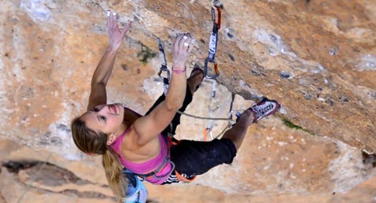 Sasha DiGiulian climbs Era Vella 9a (Adidas)