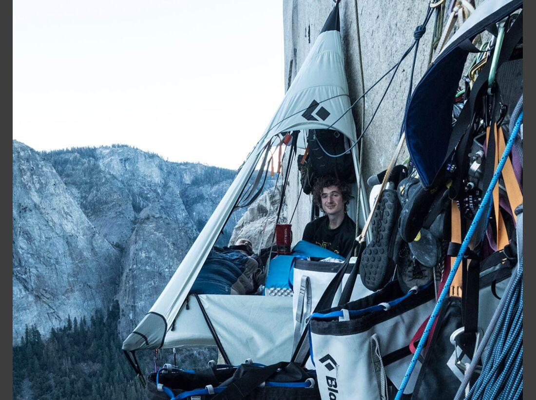 kl-adam-ondra-climbs-dawn-wall-c-heinz-zak-20161109_pitch20_01 (jpg)