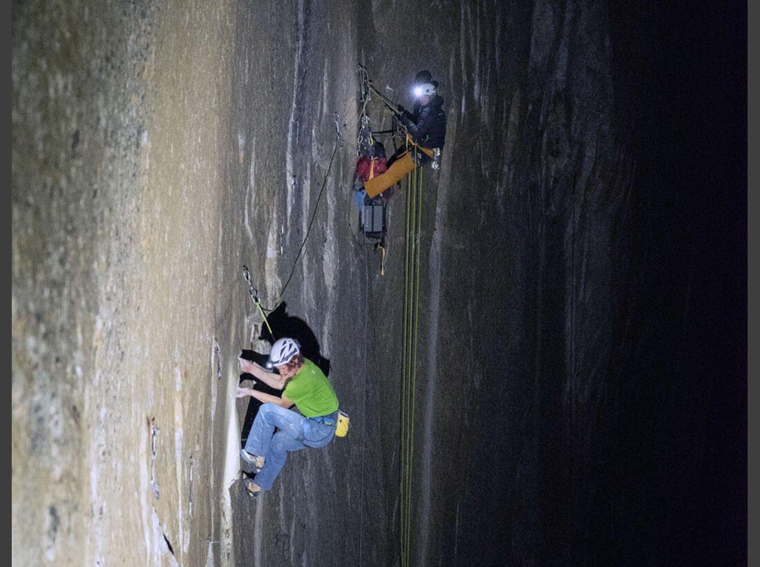 kl-adam-ondra-climbs-dawn-wall-c-heinz-zak-20161117_03 (jpg)