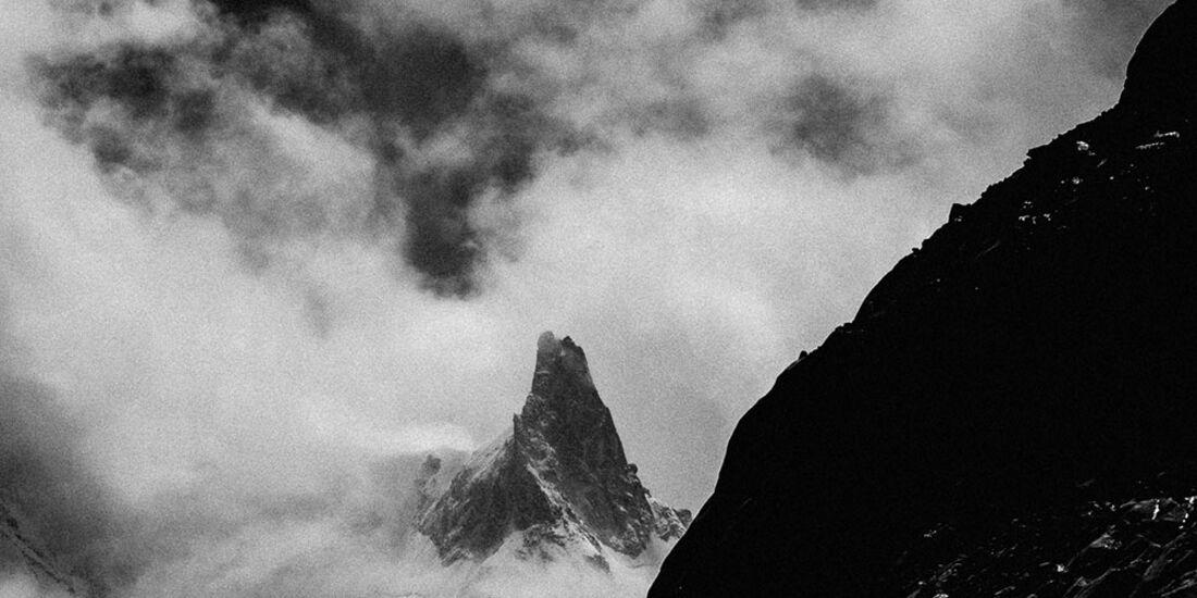 kl-arcteryx-alpine-academy-chamonix-2016-27489960350_e2c0994bda_o (jpg)