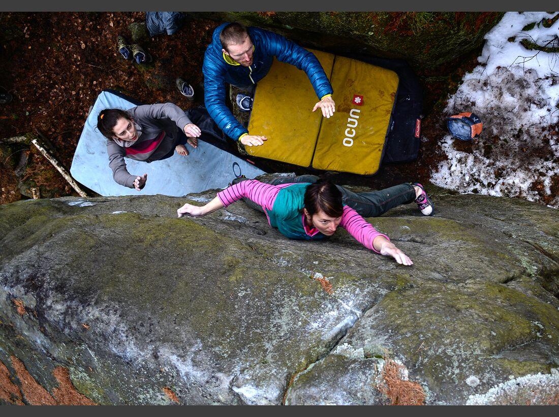 kl-bouldern-schneeberg-sneznik-pavla-dvorakova-darecek-6a-foto-zdenek-suchy (jpg)
