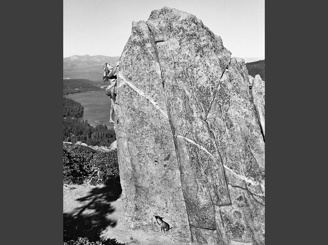 kl-bouldern-stone-nudes-2016-c-dean-fidelman-004-April (jpg)