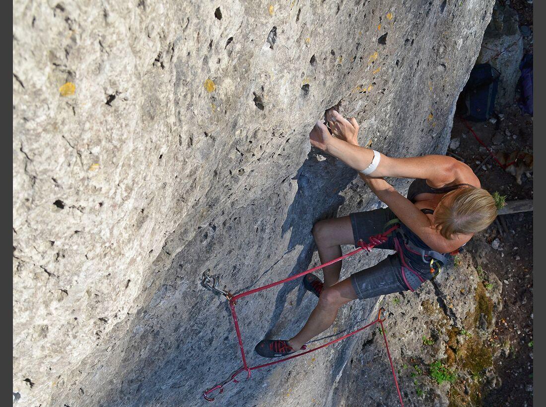 kl-klettern-im-frankenjura016 (jpg)