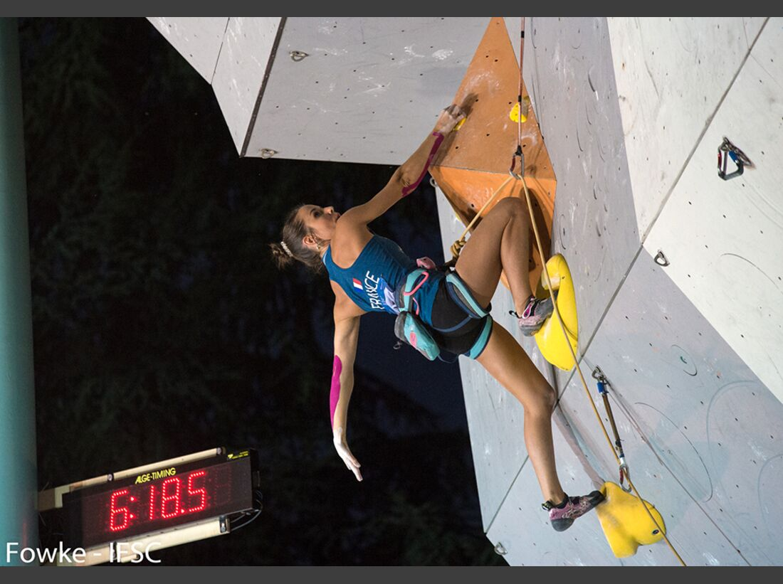 kl-lead-weltcup-ifsc-world-cup-arco-2016_29023624650_o (jpg)