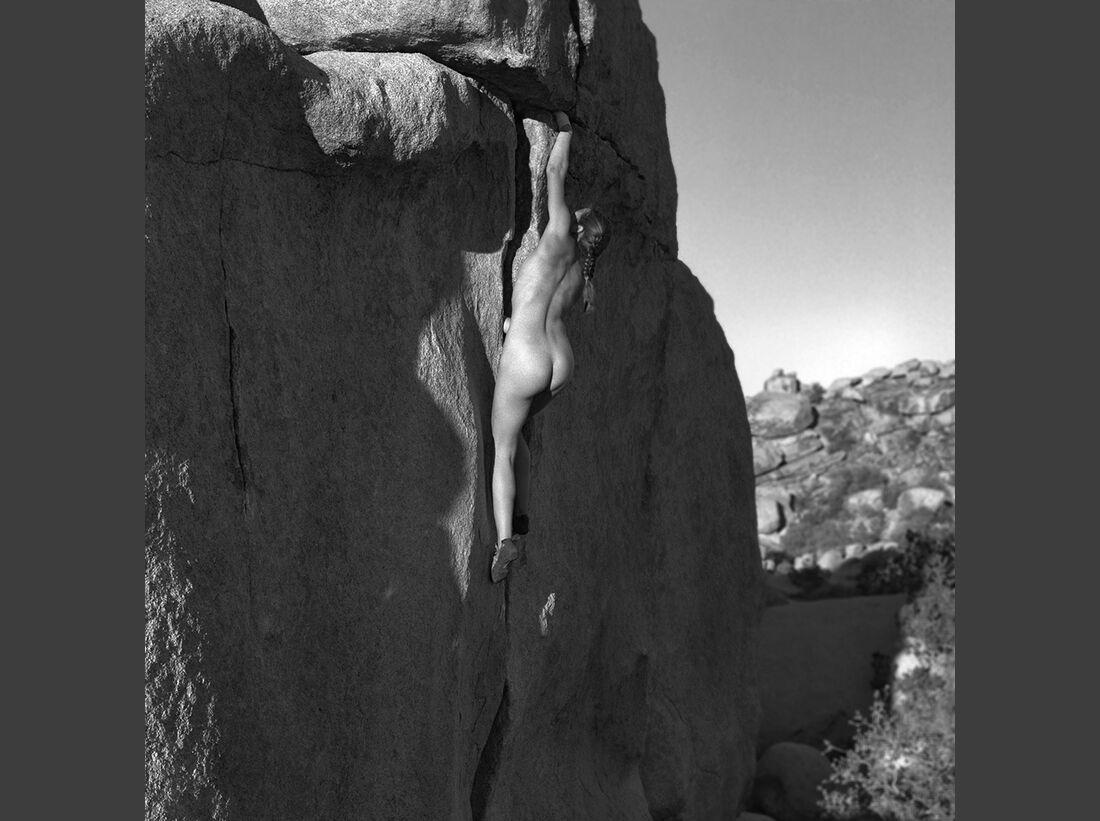 kl-stone-nudes-2017-001-january (jpg)
